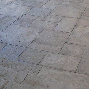 Travertine Patio Installation